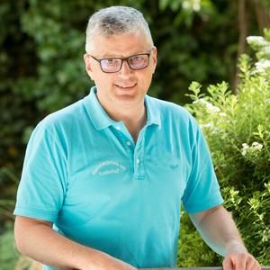 Ansprechpartner:in bei Kleintierpraxis am Loderhof Dr. Hartmut Burkhardt Fachtierarzt für Kleintiere